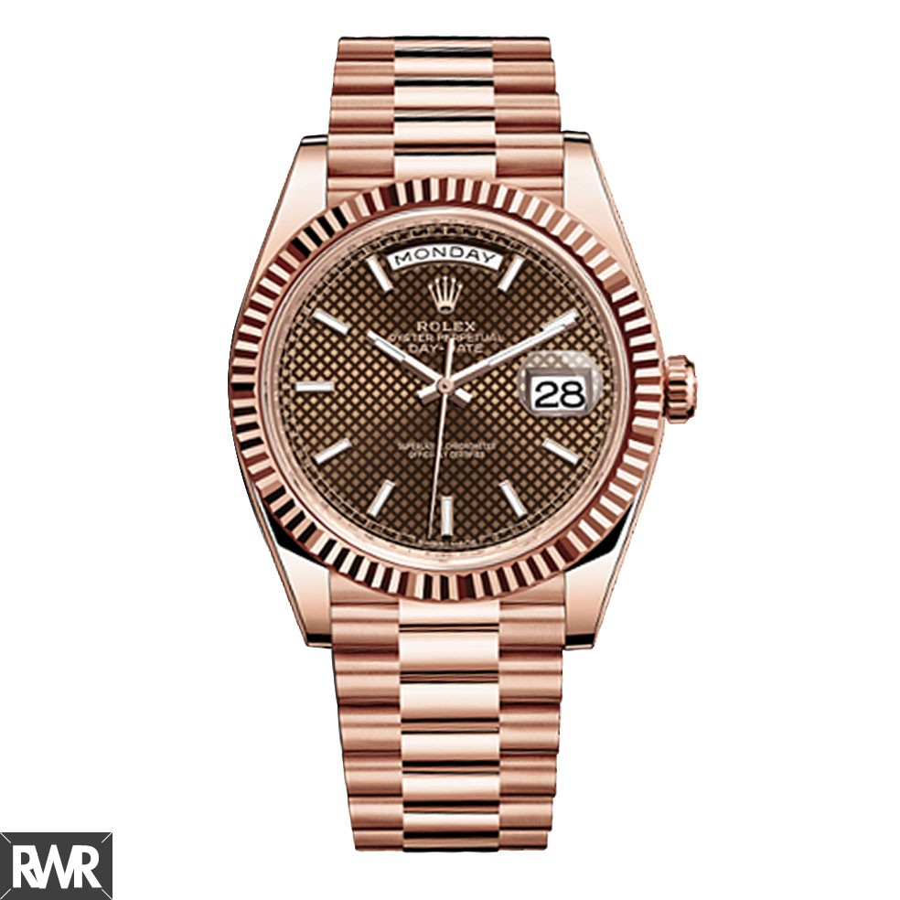 Replica Rolex Day-Date 40 Chocolate Dial 18kt Everose Gold Automatic Mens Watch