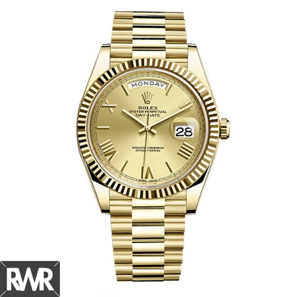 Replica Rolex Day-Date 40 Automatic Champagne Dial 18kt Yellow